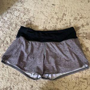 """Lululemon Speed Up 2.5"""" shorts"""